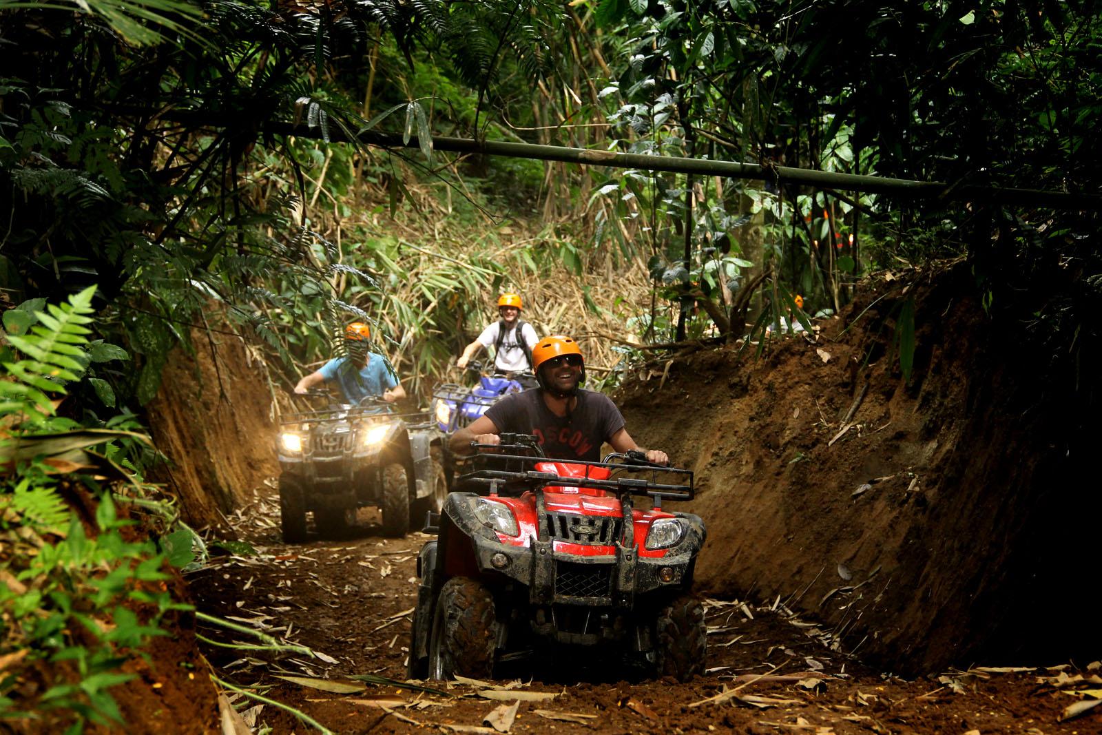 Panama Adventure Tours For Bachelor Parties