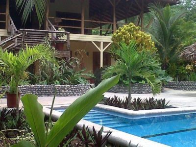 Panama-Bocas-Bluff-Beach-Party-House-05