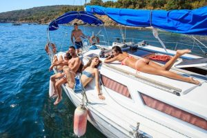Panama Yacht Party And Boat Rentals in Panama